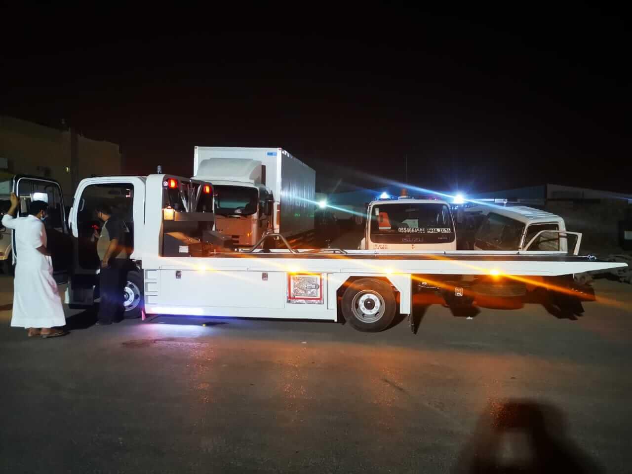 نقل سيارات خارج الرياض